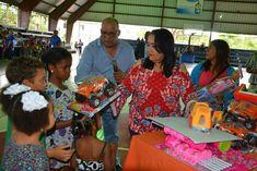 INAVI entrega juguetesa niños de Santiago, Sosúa y Loma de Cabrera