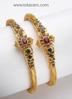 Check out the deal on 22 Karat Gold Kada with Emeralds & Rubies - 1 Pair at Totaram Jewelers: Buy Indian Gold jewelry & Diamond jewelry Gold Bangles Design, Gold Earrings Designs, Gold Jewellery Design, Dubai Gold Jewelry, Diamond Jewelry, Jewelry Patterns, Indian Jewelry, Jewels, Blouse Designs