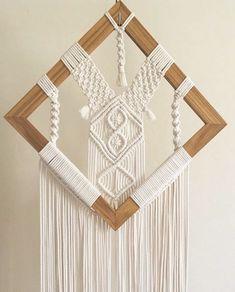 Macrame Design, Macrame Art, Macrame Projects, Micro Macrame, Macrame Wall Hanging Patterns, Macrame Plant Hangers, Macrame Patterns, Art Macramé, Decoration