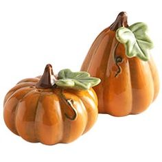Pumpkin salt and pepper shakers from Pier One. I love decorating for fall ~rdm