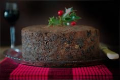 How to Make a Classic British Christmas Cake - {Christmas Baking} - Obst British Desserts, British Recipes, Scottish Recipes, British Christmas, English Christmas, Christmas Cake Recipe Traditional, Cake Mixture, Christmas Pudding, Christmas Cooking