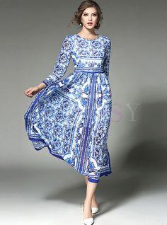 Vestito lungo dalla vita geometrica di stampa etnica Abiti Carini cfe95f64bf5