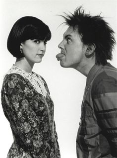 """Phoebe Cates and Rik Mayall in """"Drop Dead Fred"""""""