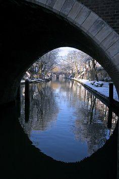 Utrecht Framed
