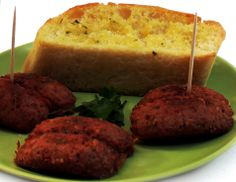 Una orden de 3 chorizos incluye el pan con ajo. ¡Están buenísimos!