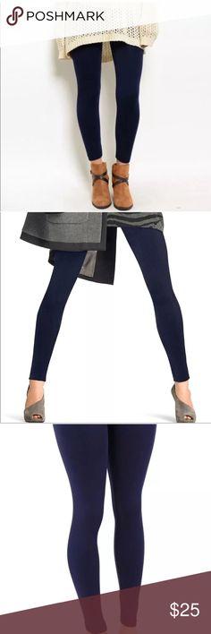 Dark Navy Fleece Lined Leggings NWOT NWOT Retail. One Size Fits Most. Pants Leggings