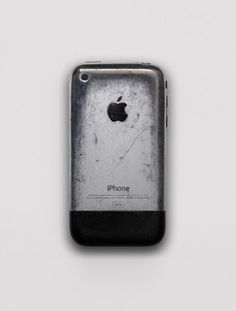 """It takes real balls to carry keys in the same pocket as your phone but the result is stunning. My biggest gripe with the iphone 4 was always its inability to develop a patina. It couldn't exist in any state besides """"pristine"""" and """"utterly destroyed"""""""