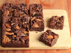 Toffee Brownies with Jam | From Yotam Ottolenghi: Ottolenghi, the Cookbook | If you give it a go, you will find that a soft fudgy brownie with crispy shreds of butter toffee and swirls of apricot jam is a result worth almost any amount of washing up. | Via: growntocook.com