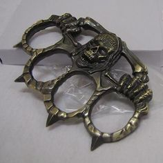 Savage Skull SPIKED Brass Knuckles Knuckle Duster : Non-Lethal Weapons at GunBroker.com