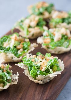 27 Mouth-Watering Winter Wedding Appetizers: mini chopped caesar salad cups are a light and fresh appetizer Mini Appetizers, Wedding Appetizers, Appetizer Salads, Appetizer Recipes, Salad Recipes, Holiday Appetizers, Healthy Appetizers, Tailgate Appetizers, Antipasto Platter