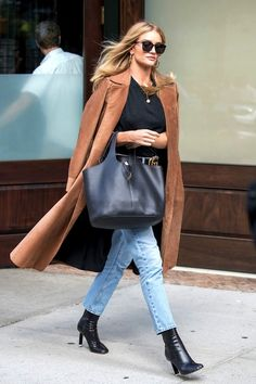 Get Rosie Huntington-Whiteley's Suede Coat Look | Le Fashion | Bloglovin'