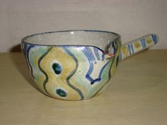 RAS smørnæb/bowl. År/year 1940-50s. #RAS #bowl #keramik #ceramics #pottery #danishdesign #nordicdesign #klitgaarden. SOLGT/SOLD from www.klitgaarden.net.