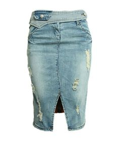 Distressed Body-con Knee Length Denim Skirt with Vent Design Modest Outfits, Summer Outfits, Casual Outfits, Summer Clothes, Denim Fashion, Fashion Outfits, Women's Fashion, Blue Denim Skirt, Jeans