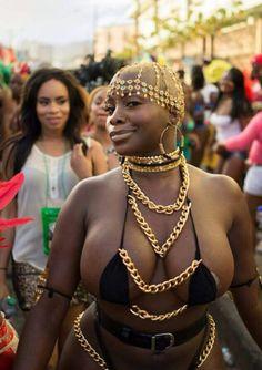 tontonmichel:  hi-lin:  Oh so Dynamite POW  Sibongile Cummings