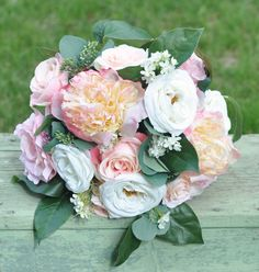 Keepsake wedding bouquets  from Holly's Flower Shoppe shipping worldwide from Etsy.