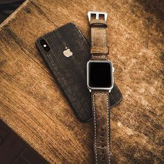 @xyphersoftware - Wooden vibes only Do you Love it #apple #0ptech #usa #minimalism #airpods #iphonex #iphone #innovation #design #technology #minimalist #wallpaper #smartwatch #cases #iphonecase #applewatch #fire #colorful #colors #gradient #wood #wooden
