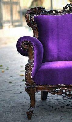 rococo-chair-purple LOVE this chair! Purple Love, All Things Purple, Shades Of Purple, Deep Purple, Bright Purple, 3 Things, Purple Hearts, Purple Accents, Decoration Home