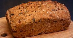 Il pane di farro è gustoso e facile da digerire, nonché semplice da preparare in casa: ecco due ricette, sia con lievito che prive per gli intolleranti.