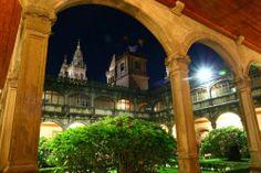 claustro del Colegio de Fonseca. Santiago de Compostela. en Santiago de Compostela