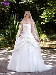Robe de mariée Majestée, robe de mariée romantique, robe de mariage jupe…
