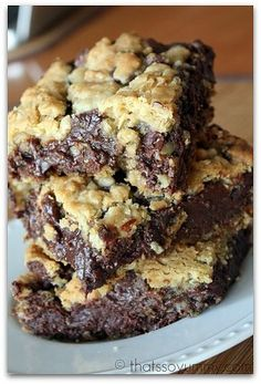 Chocolate chip fudge bars
