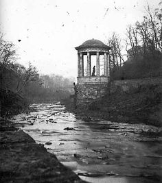 Saint Bernard's Well on the Water of Leith - Photograph by Begbie Circa 1855 -59 #stockbridgeedinburgh #stockbridge #edinburgh #scotland
