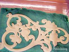 Texasdaisey Creations: How To Make Appliques For Furniture 2