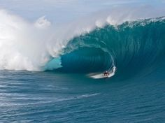 TAHITI UNTAMED - Teahupoo returns to center stage as the first monster swell of the year rolls through