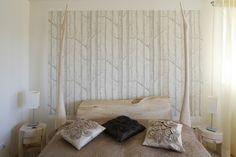 Znalezione obrazy dla zapytania sypialnia tapeta brzozy Curtains, Bed, Furniture, Design, Home Decor, Blinds, Decoration Home, Stream Bed, Room Decor