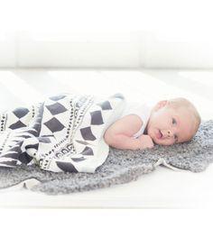 Cotton Knitted Blanket - Graphic Devotion | Elodie Details