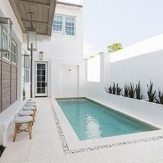 33 Gorgeous Small Pool Design Ideas You Must See - When deciding to buy an in ground swimming pool, there are many things to consider regarding the pool's design. First, think about how big the pool sh. Small Backyard Pools, Backyard Pool Designs, Small Pools, Swimming Pools Backyard, Swimming Pool Designs, Outdoor Pool, Small Swimming Pools, Swimming Pool Tiles, Lap Pools