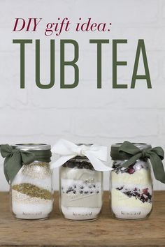 Pamper your loved ones with homemade Tub Tea! Similar to bath salts, these soothing mixes are simple to whip up in just a few minutes. gifts DIY Gift Idea: Tub Teas for a Soothing Soak Diy Gifts For Christmas, Christmas Morning, Inexpensive Christmas Gifts, Handmade Christmas, Christmas Ideas, Tea Gifts, Homemade Beauty Products, Homemade Gifts, Homemade Bath Salts