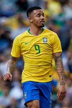 PORTO PORTUGAL - MARCH Gabriel Jesus of Brazil looks on during the International Friendly match between Brazil and Panama at Estadio do Dragao on March 23 2019 in Porto Portugal. (Photo by Quality Sport Images/Getty Images) Football Gif, Football Baby, Sports Images, Soccer World, Neymar Jr, Sport Man, Manchester City, Football Players, Linnet