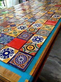 Τραπέζια με πλακακια