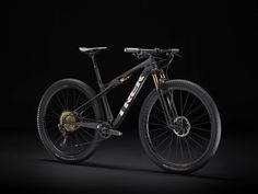 Discover your next great ride with Supercaliber AXS. See the bike and visit your local Trek retailer. Shop now! Trek Mountain Bike, Cross Country Mountain Bike, Mountain Bike Parts, Mountain Bike Shoes, Best Mtb, Mtb Pedals, Montain Bike, Bike Pump, Trek Bikes