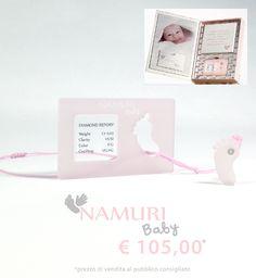 A un bambino che nasce regala un diamante, il suo amuleto per una vita brillante. Un ciondolo con un diamante nel cuore: Un Piede. La tavoletta per l'impronta del suo piedino…un ricordo che non ha prezzo.  Cofanetto Namuri Baby: Piede è una nuova campagna di Saray Store su ITC PORTALE: https://itcportale.it/products/cofanetto-namuri-baby-piede-2/#store3378 #itcportale #jewelry #diamond #lifestyle #musthave #wedding�