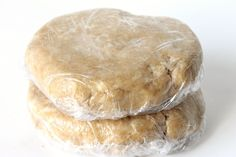 How to Make Whole Wheat Pie Crust Whole Wheat Pie Crust, Pie Crust From Scratch, Pie Pan, Chow Chow, Pie Recipes, Food Processor Recipes, Vegetarian Recipes, Keto, Sweets