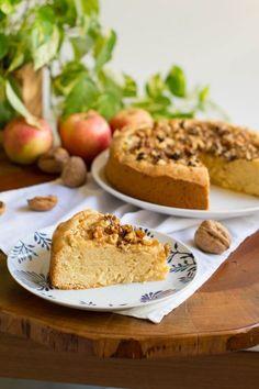 La tarta de manzana austriaca está buenísima, tienes que probarla.