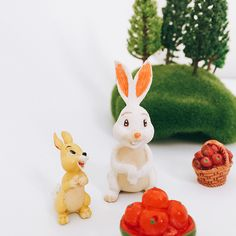 *^new arrival^*1 Pcs/rabbit bunny/miniatures/lovely animals/fairy garden gnome/moss terrarium decor/crafts/bonsai/ DIY/c008