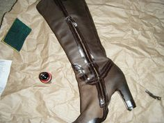 One-Dollar Wonders: May 2011 Leather Repair, Leather Dye, Heeled Boots, Shoe Boots, How To Dye Shoes, One Dollar, Diy Accessories, Diy Clothing, Restoration