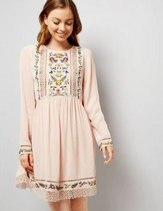 Embroidered | Blush dress | Lace | Classic