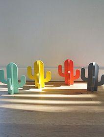 Cactus à poser - cactus en bois - cactus déco - mint - corail - jaune - gris - porte-bracelets