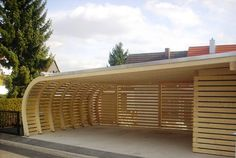 German carport suitable for your terrace! In a carport a shed or an attic can be integrated. There are carports made of wood steel