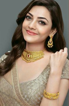 Outstanding tips are available on our site. Take a look and you wont be sorry you did. Beautiful Bollywood Actress, Beautiful Indian Actress, Beautiful Actresses, Beautiful Models, Men's Fashion, Fashion Week, Fashion Designer, Designer Wear, Stylish Girl Images