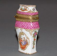C Meissen Porcelain Atui Necessaire Antique China, Rare Antique, Vintage Sewing Notions, Small Case, Antique Boxes, Fine Porcelain, Dresden, Ceramic Pottery, Trinket Boxes