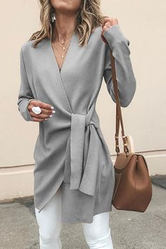 Solid Color V-Neck Casual Outerwear Sweater : Trajes de Moda Mode Outfits, Fashion Outfits, Fashion Ideas, Fall Work Outfits, Outfit Work, Autumn Outfits, Classy Fall Outfits, Fall Outfits 2018, Comfy Outfit