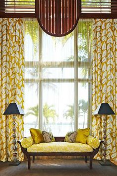 the American Red Cross Designers' Showhouse in West Palm Beach, Florida Dramatic window ! Le Living, Living Spaces, Living Room, Yellow Curtains, Vintage Sofa, Mellow Yellow, Mustard Yellow, Elegant Homes, Traditional House