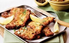 Beef schnitzel with mediterranean-style baby potatoes Beef Schnitzel, Baby Potatoes, Potato Dishes, Recipe Search, Mediterranean Style, Tandoori Chicken, Love Food, Baking Recipes, Delicious Desserts