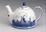 6 Cup Blue and White Delft Domed Teapot: