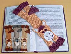 Dette er en DIREKTE DOWNLOAD PDF OPSKRIFT ikke et færdigt produkt.  SPROG: Dansk -------------------------------------- English - click on the link below https://www.etsy.com/uk/listing/162781066/031-horse-bookmark-amigurumi-crochet  FÆRDIGHEDSNIVEAU: Let --------------------------------------  FÆRDIG STØRRELSE: -------------------------------------- Ca. 25 cm lang. FÆRDIGHEDER KRÆVET: -------------------------------------- Hækling i rækker Fastmasker Udtagninger Indtagninger Kædemasker…